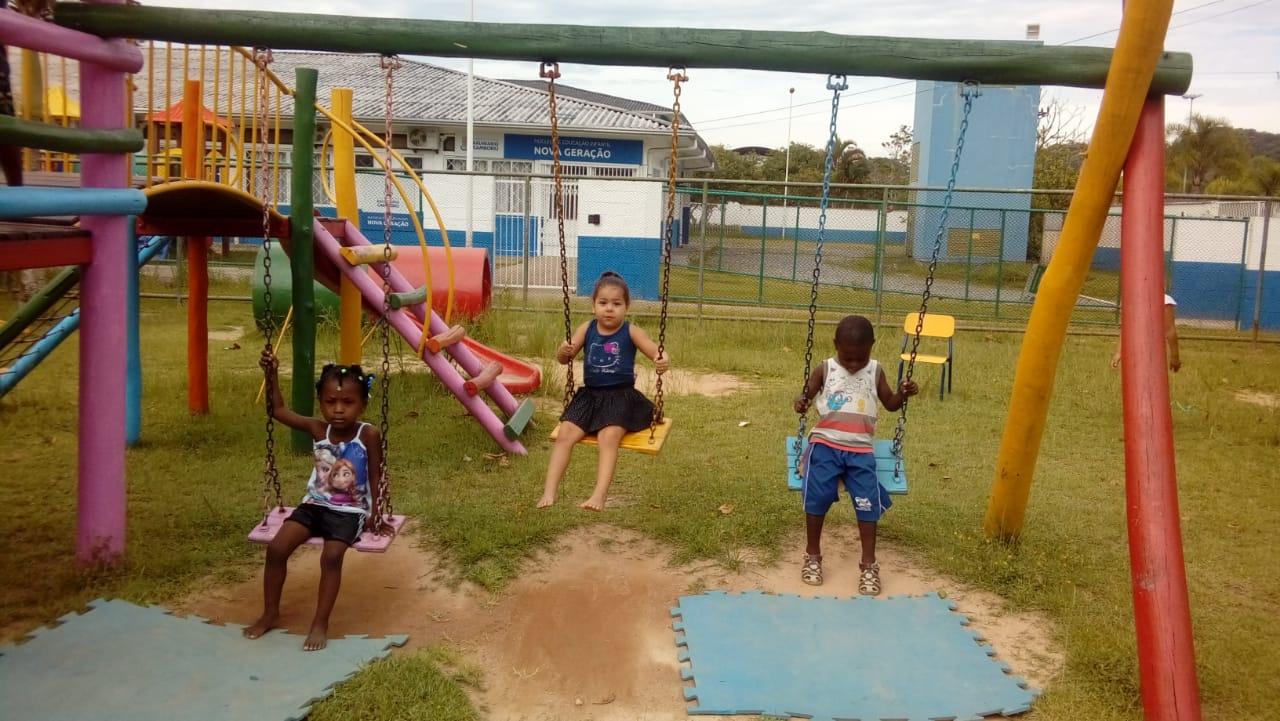 Educação convoca mais 213 crianças da Fila Única