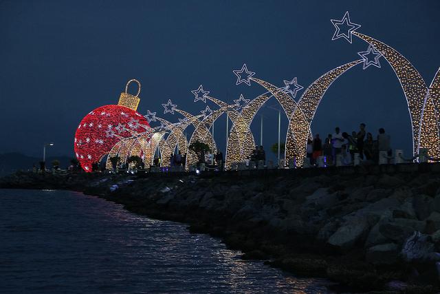 Abertura do Natal será no sábado com corais e Papai Noel